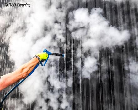 De werking van gevelreiniging met stoom_ RSD Cleaning