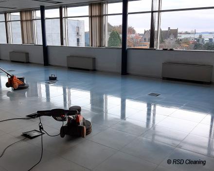Duurzame reiniging van betonvloer door RSD Cleaning